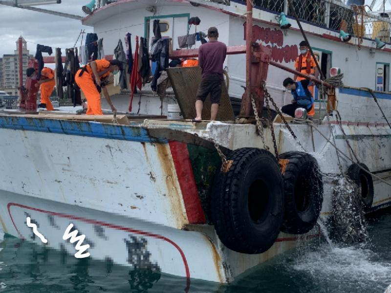 防疫漏洞!澎湖漁船疑似利用陸禁漁期非法海上貿易