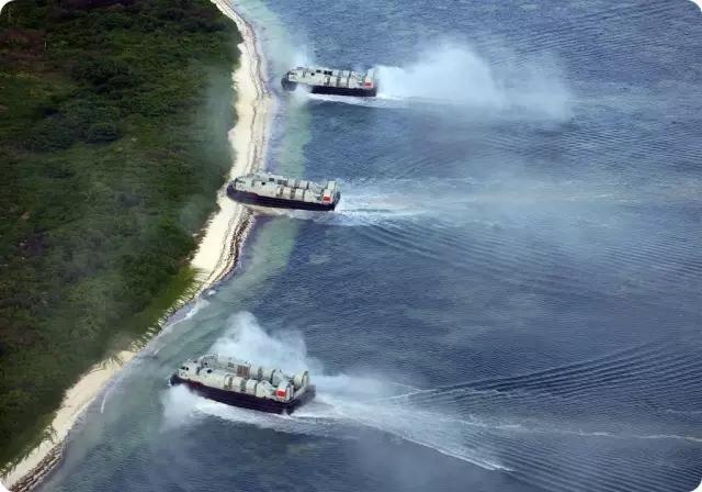 ▲為提升奪島作戰能力,解放軍海軍引進氣墊船,對我國離島防衛構成威脅。(圖/中國大陸國防部)