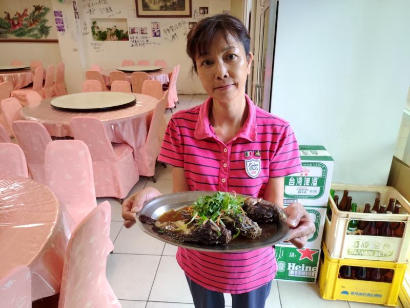▲石狗公,因為其肉質細膩,清蒸或是煮湯都很適合,近年來被越來越多老饕點名這美味(圖/新北農業局提供)