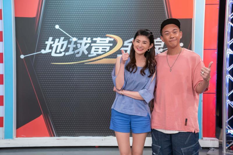 ▲主持人蘇宗怡邀請阿Ben上節目。(圖/TVBS)