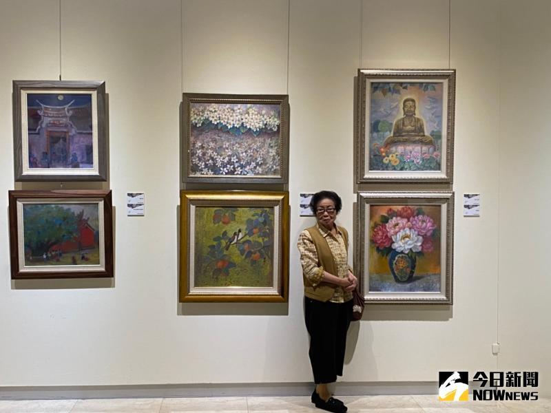▲唐雙鳳的畫作則具有女性特有的溫婉氣質,細緻優雅的筆觸,將生活中的平凡事物紀錄於畫作中。(圖/記者陳雅芳攝,2020.06.03)