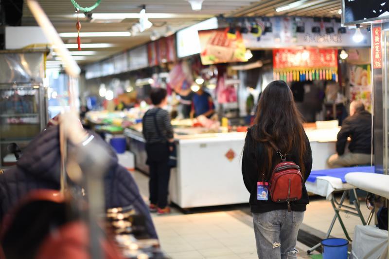 ▲遭腥夫感染愛滋的外籍配偶阿瑤,面臨要被遣返出境的困難。(圖/記者陳明安拍攝)