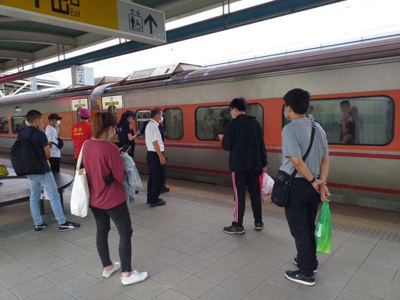 台鐵員林火車站旅客落軌被撞死亡 部分列車受影響