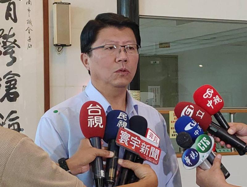 支持者主張提罷免無效及「反制」,國民黨副祕書長謝龍介認為不宜。(圖/記者陳聖璋翻攝)
