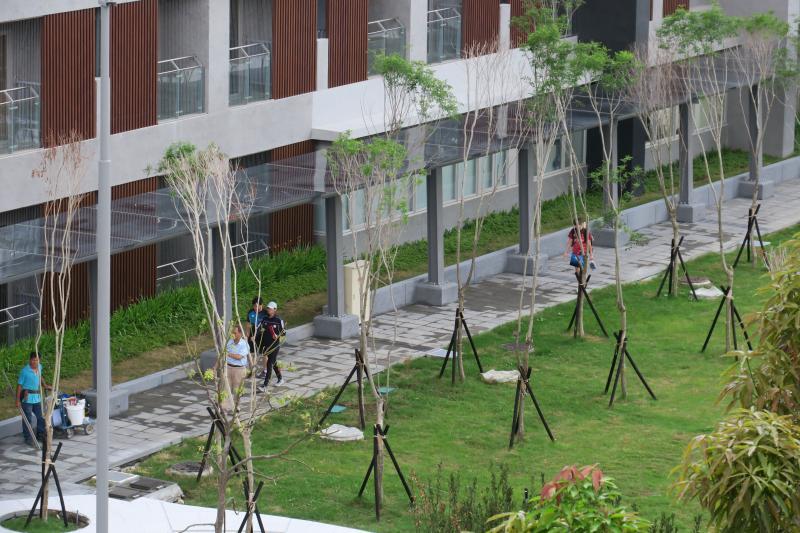 ▲國訓中心新宿舍,風雨走廊(圖/國訓中心提供)