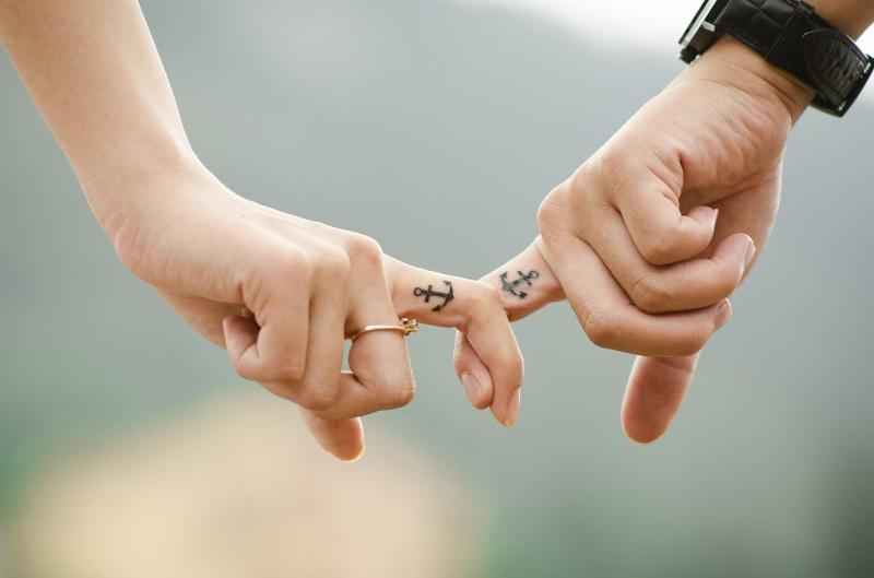 情侶相約刺「對方名字」在身上!過來人揭心酸下場:母湯