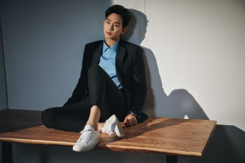 ▲金秀賢睽違5年回歸電視劇,接演《雖然是精神病但沒關係》直呼幸運。(圖/Chun Youngsang for Netflix)