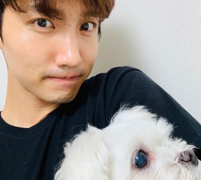 ▲昌珉宣布娶圈外女友。(圖/昌珉IG)