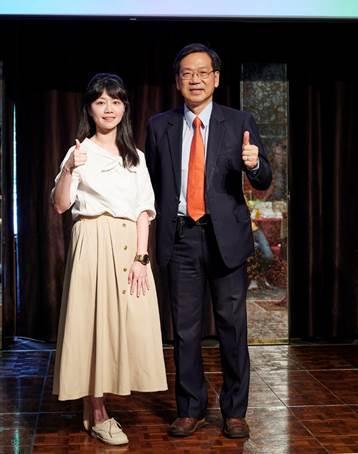 ▲光陽(KYMCO)執行長柯俊斌(右)、民進黨籍立法委員高嘉瑜(左)。(圖/光陽提供)