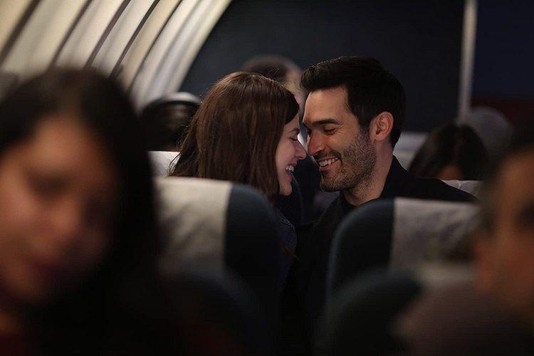 ▲▼亞莉珊卓妲妲里奧(上圖左、下圖右)在飛機上抱怨的對象,竟是自己的長官。(圖/車庫)