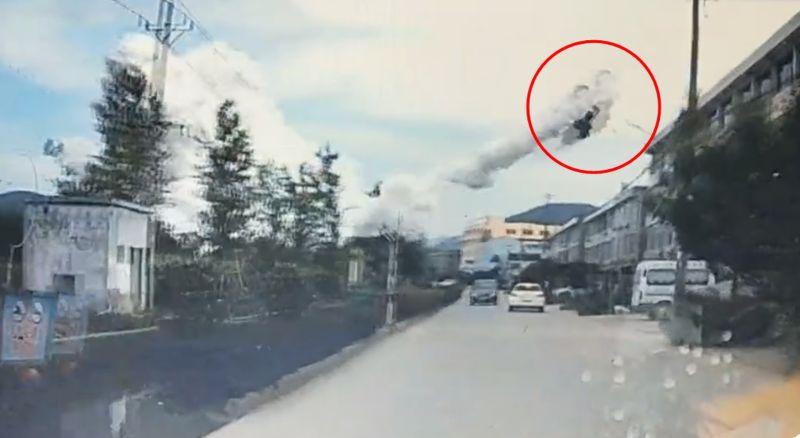 ▲浙江發生油罐車爆炸意外,截至晚上 8 時 30 分,已知事故釀成 9 死 112 傷。(圖/翻攝自《香港01》)