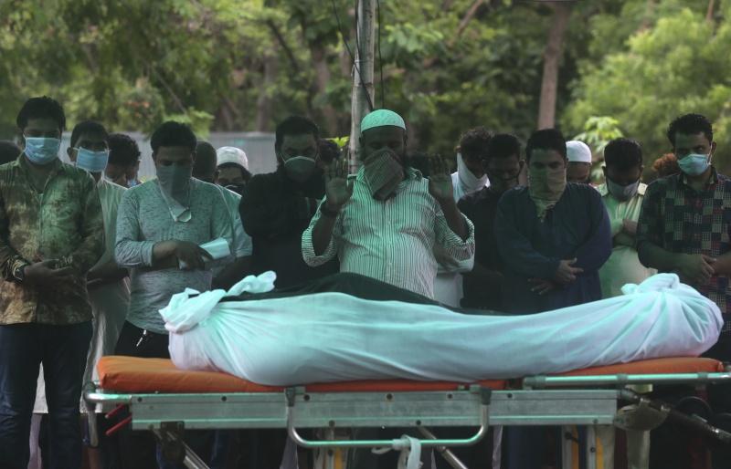被18家醫院拒於門外!印度男疑染新冠肺炎去世 家屬悲憤
