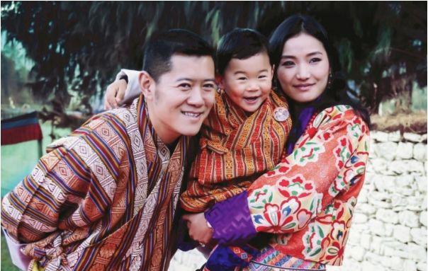 ▲不丹國王與王妃的愛情故事浪漫又夢幻。(圖/吉增佩瑪IG)