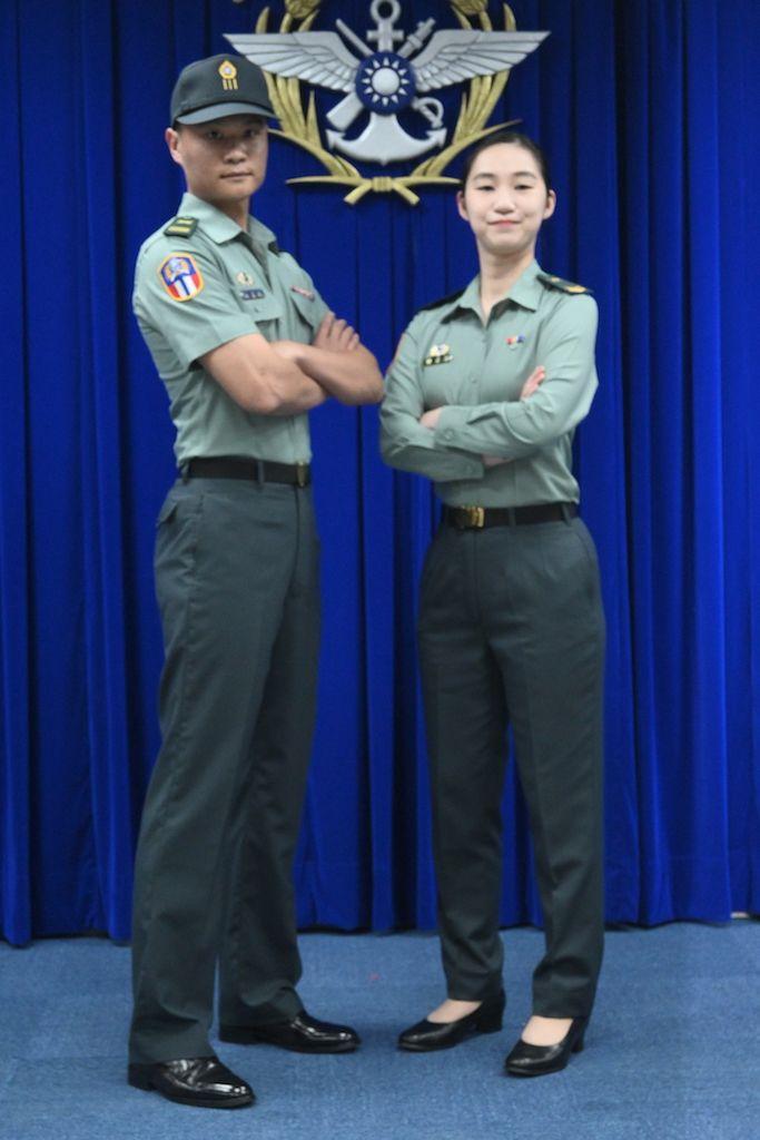 ▲陸軍發表研改之新式軍便服。(圖/記者林柏年攝.2020.06.16)