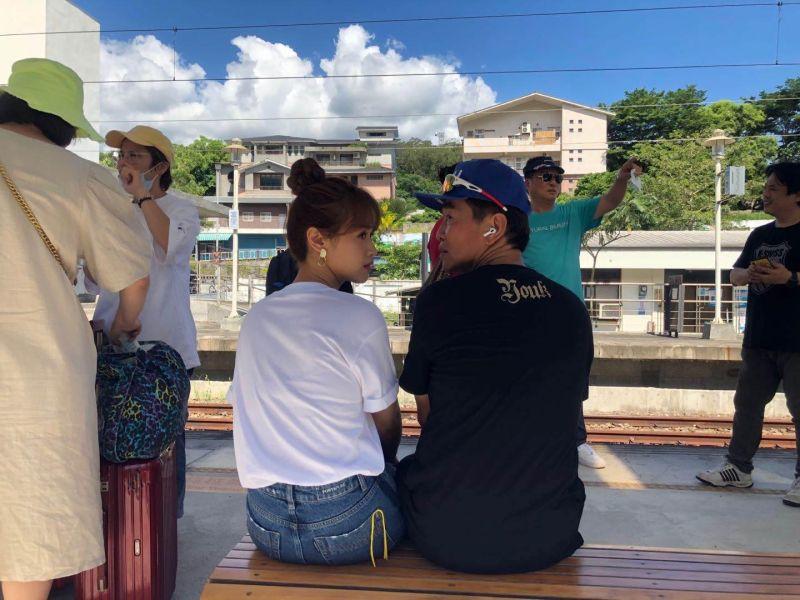 ▲吳宗憲(右)寫下600多字長文對女兒Sandy喊話。(圖/吳宗憲臉書)