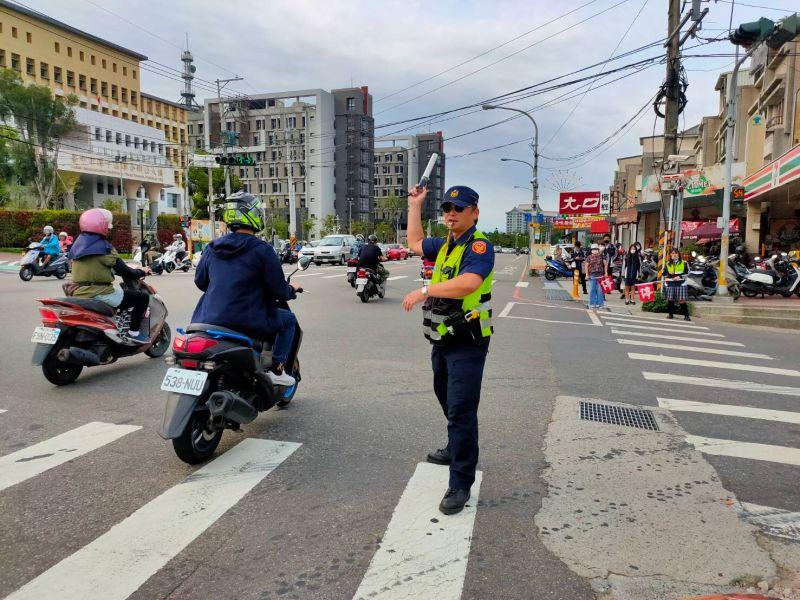 端午連假湧車潮  中市加強交通違規執法