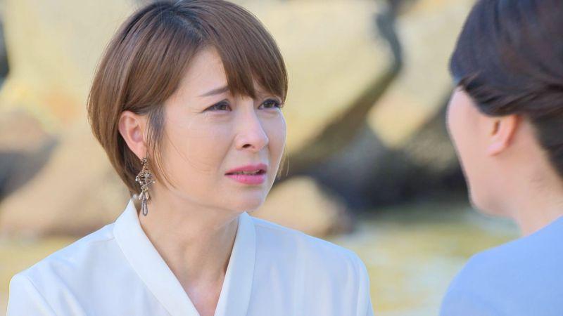 《多情城市》女星在海邊爆哭 遊客貼心送上衛生紙