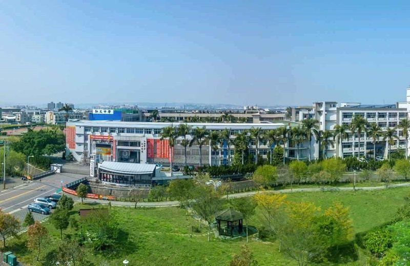 ▲「恆山首恆」位於台中潭子弘富重劃區,最大優勢為正對公園第一排。(圖/公關照片)