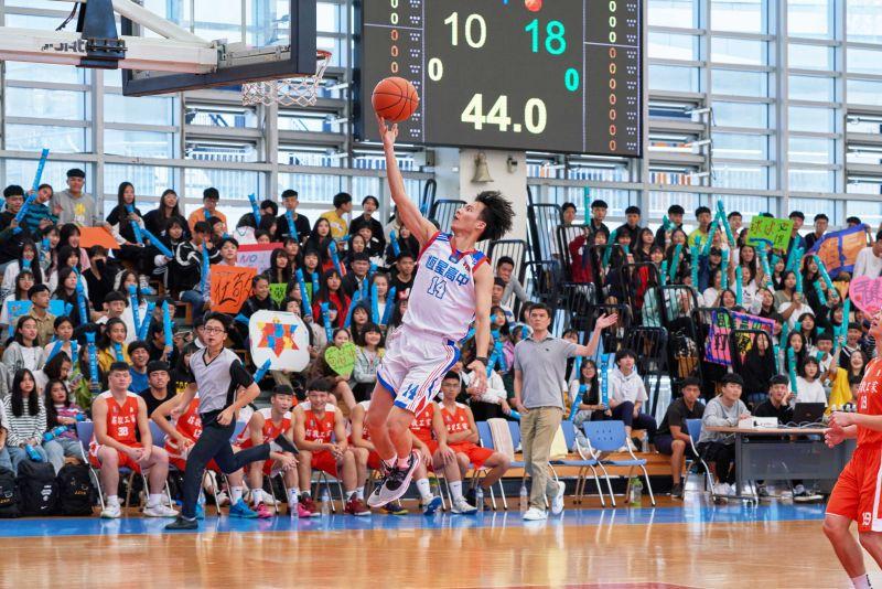 ▲吳念軒片中飾演「只能上場10分鐘的籃球員」。(圖