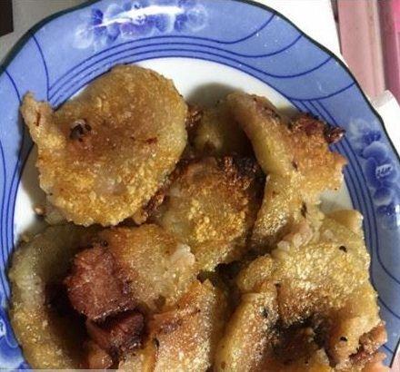 ▲女網友分享阿嬤煎粽子創意吃法。(圖/翻攝自《爆廢公社》)