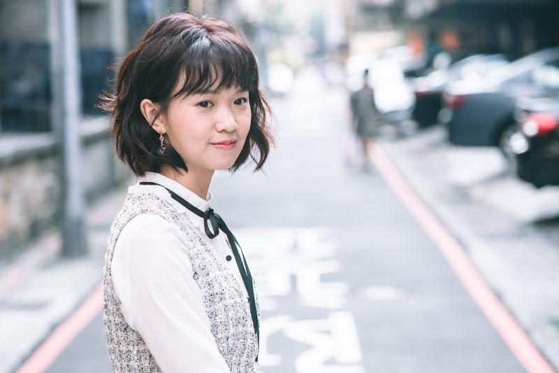 《老姑婆》嚴正嵐開口講台語 網友大讚:好像外國人