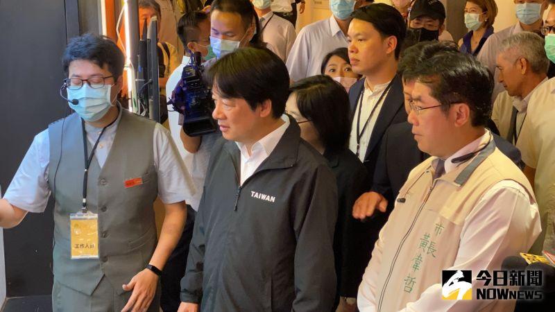 ▲賴清德參觀黑橋牌觀光工廠。(圖/記者陳聖璋攝,2020.06.30)