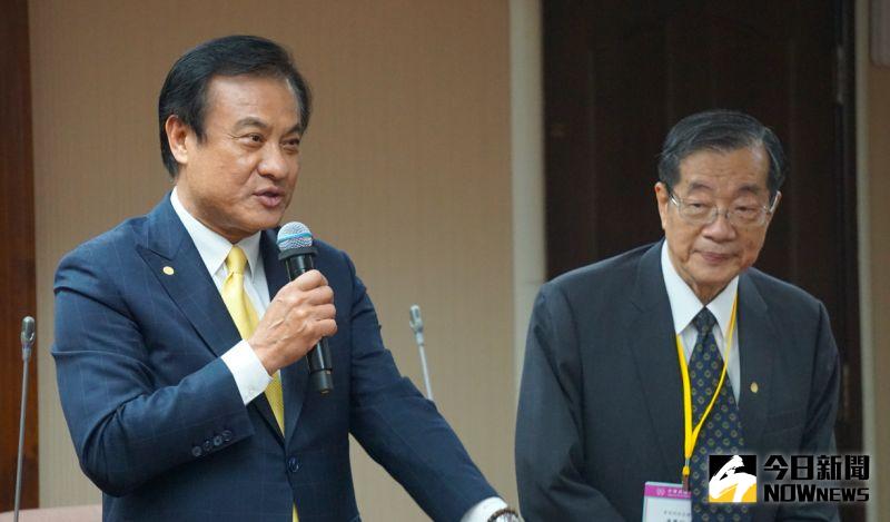 總統府秘書長蘇嘉全率領考試委員被提名人到立法院拜會朝野黨團。