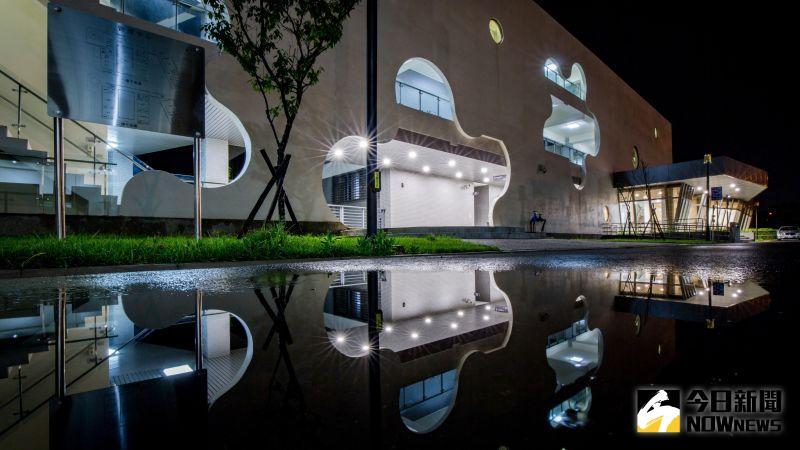 影/彰化水資源回收中心超美 山櫻花意象獲綠建築雙認證