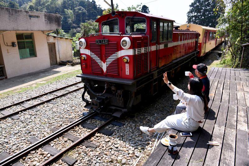 阿里山林鐵首次開放團體訂票