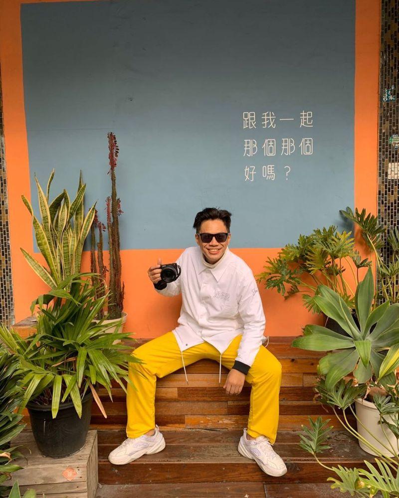 ▲黑男因拍攝《街頭邱比特》影片知名度大開。(圖/黑男IG)