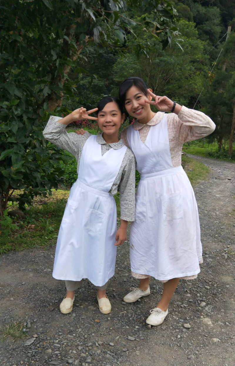 ▲謝欣諭(左)飾演童年版米可白。(圖