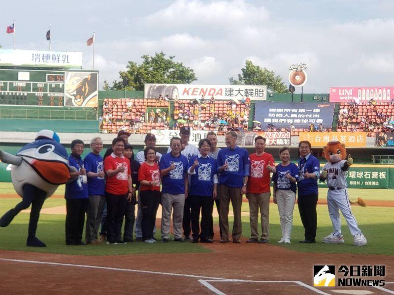 中職/大聯盟球星當招牌 台南球場5577人進場本季新高