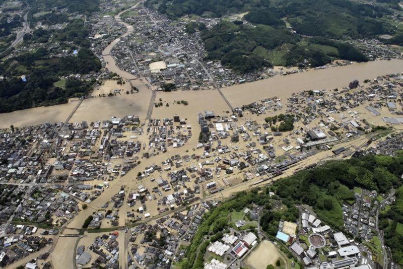 日本熊本降破紀錄暴雨!釀至少16死、受困居民寫SOS求救