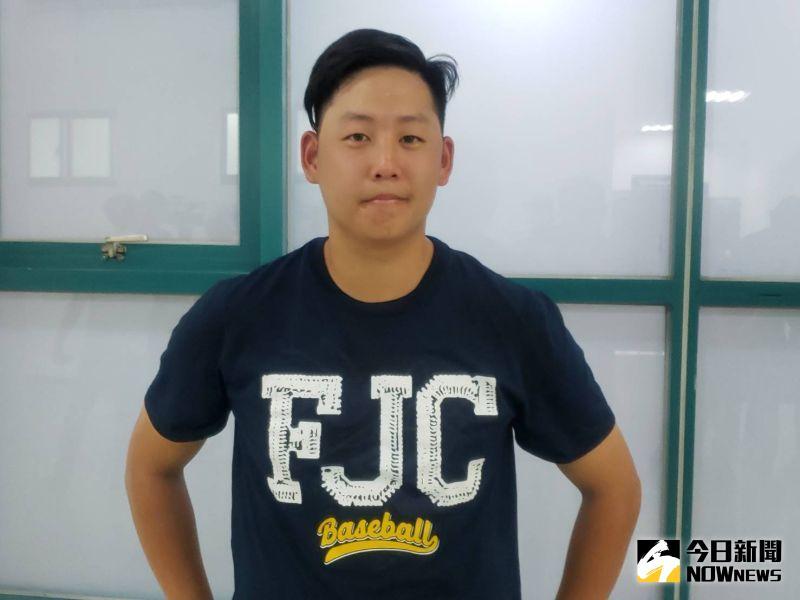 曾在美國Menlo College打球的好手高駿宇