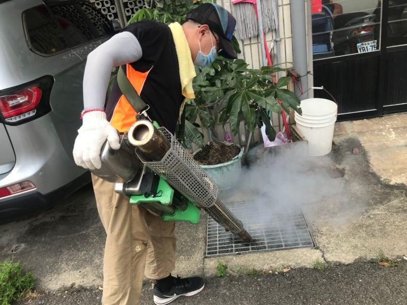 預防登革熱 中市府籲清潔積水容器