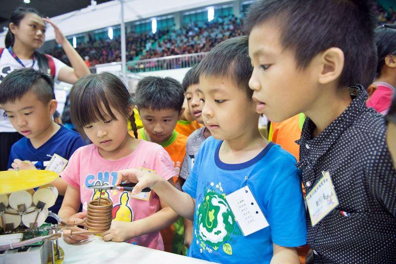 28間中小學齊聚開課 科普教室、科學新教育