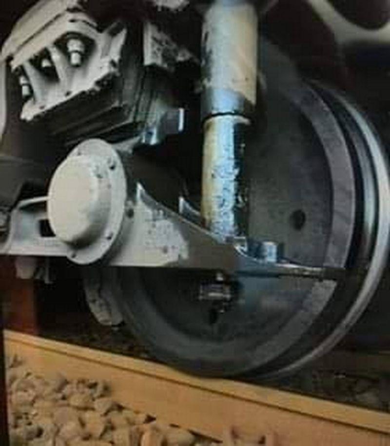 ▲出軌的列車是今晚6點從彰化站發車,預計晚間9點32分抵達基隆七堵。(民眾提供)