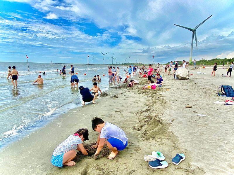 「大安沙雕音樂季」即將落幕 賞沙雕戲水遊世界