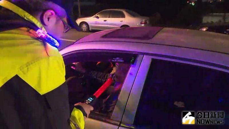 影/酒駕遭吊銷駕照 考照後一年車要裝酒精鎖