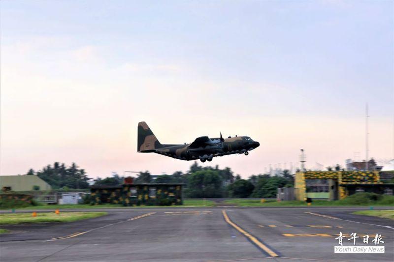 軍武/漢光36號演習首日 C-130、P-3C起飛實施戰力保存