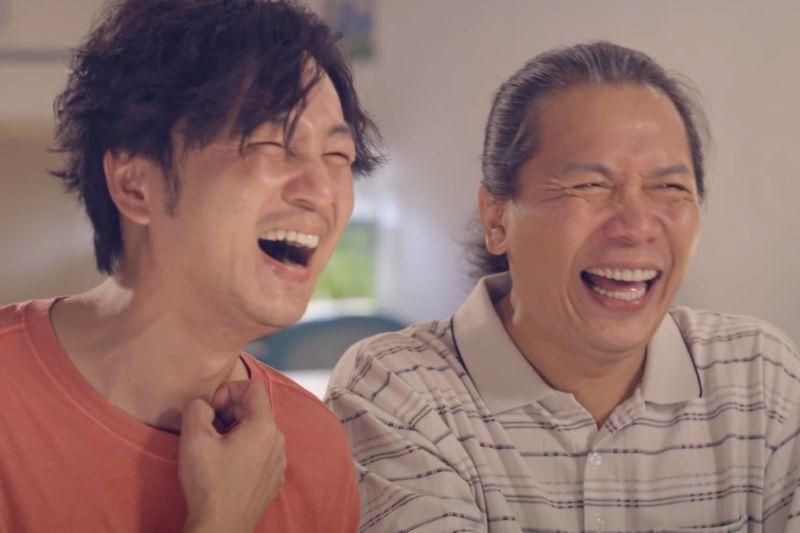 ▲許傑輝(右)與張書偉在《我的婆婆》中是忘年之交,被網友拱成「一貴CP」。(圖
