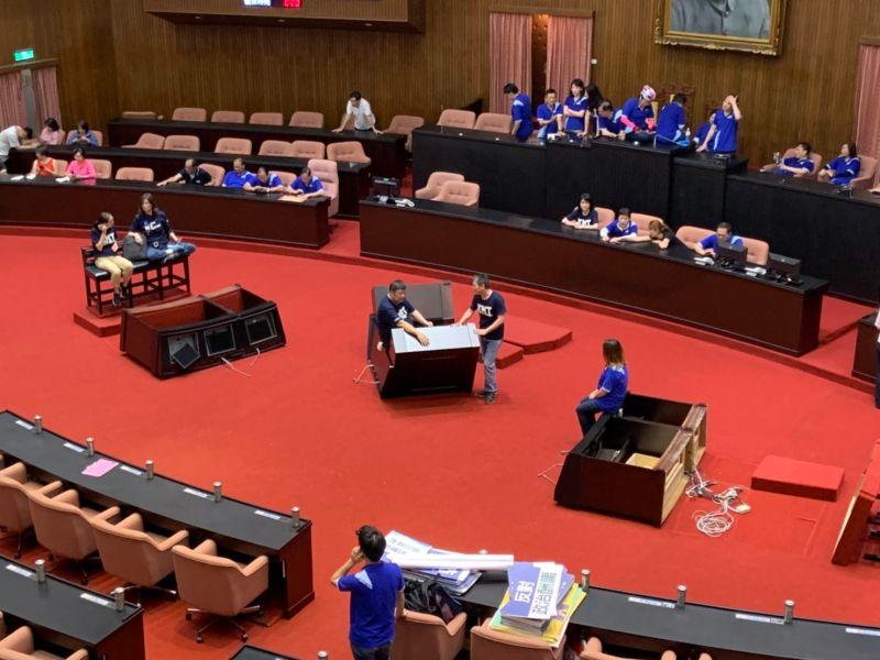 立院審監委人事戰火一觸即發 藍持續佔議場傳傍晚前清場
