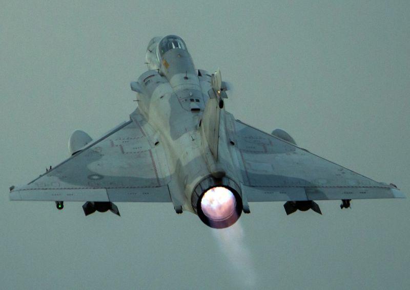 ▲配合漢光36號演習,空軍第二聯隊幻象戰機14日清晨緊急升空。(圖/軍聞社提供)
