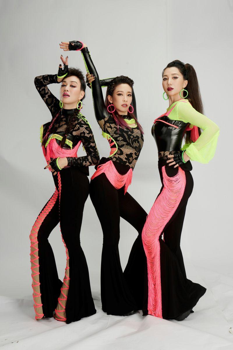 ▲袁詠琳、鍾麗緹、阿朵參與綜藝節目《乘風破浪的姐姐》。(圖/《乘風破浪的姐姐》提供)