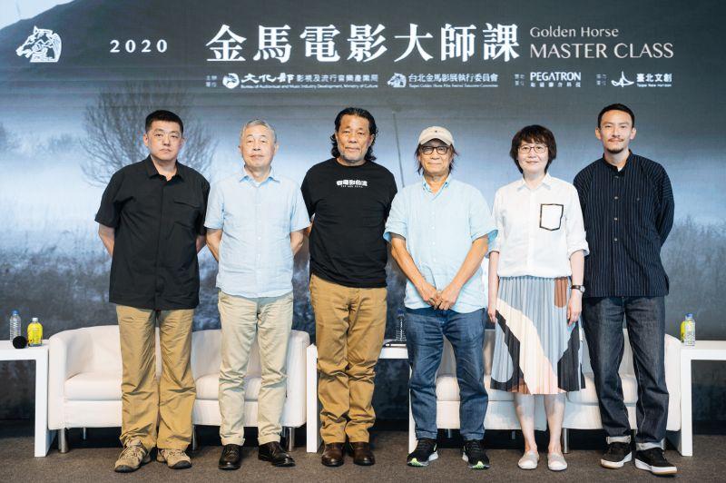 ▲(左起)林強、杜篤之、李屏賓、廖慶松、黃文英、張震,參與2020金馬電影大師課論壇。(圖/金馬執委會)