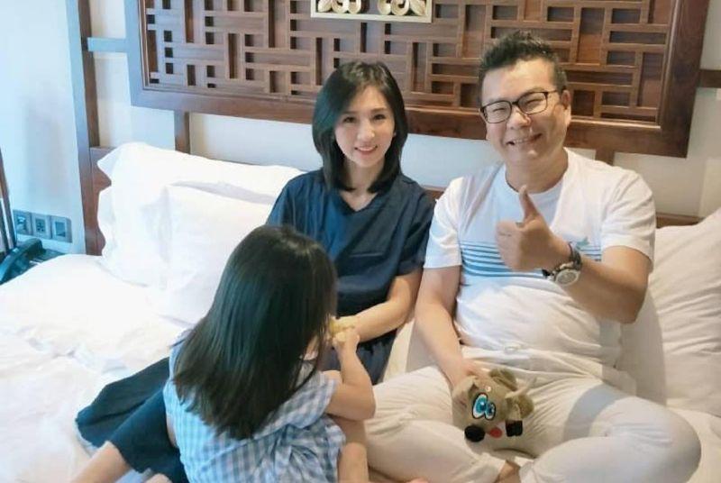 ▲沈玉琳和老婆結婚10年,育有5歲女兒。(圖/翻攝沈玉琳臉書)