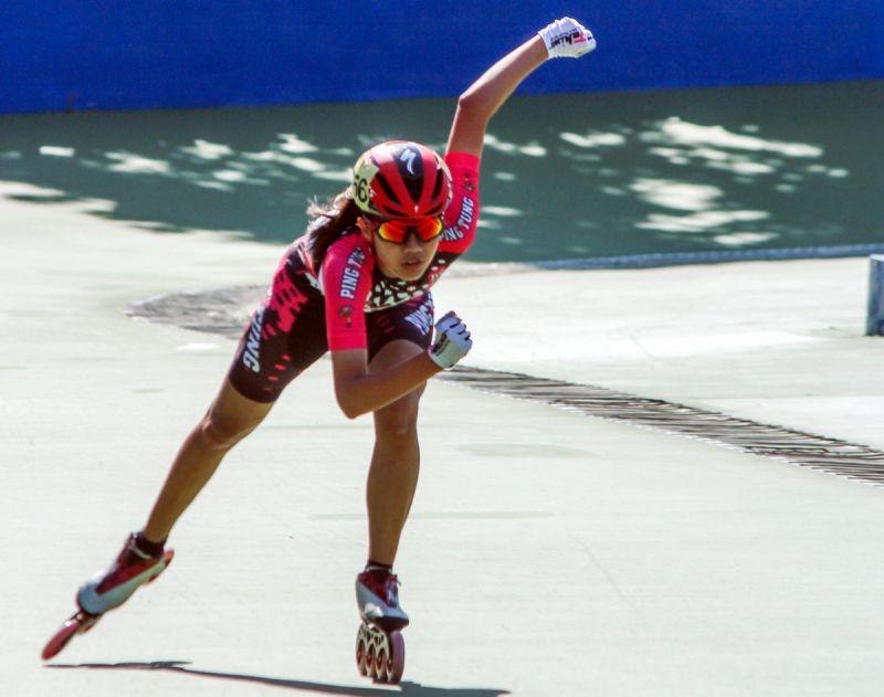 <b>全中運</b>屏東縣代表隊林欣妤滑輪溜冰 第一面金牌留在屏東