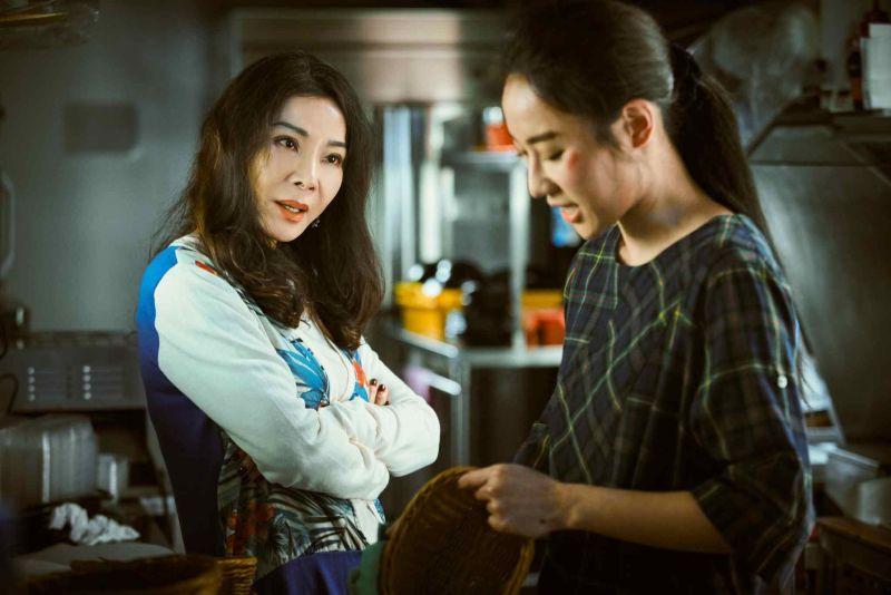 ▲陳美鳳(左)跟方宥心《三春記》中飾演母女。(圖 / 民視提供)