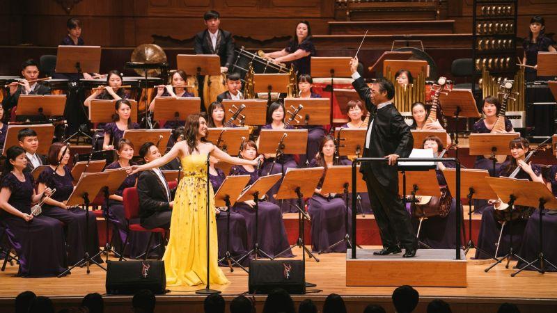 ▲2019年閻奕格與國樂指揮家父親閻惠昌在國家音樂廳同台演出