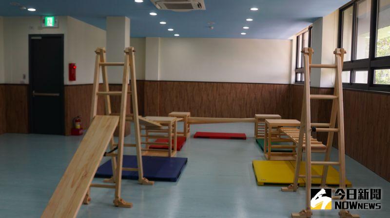 ▲國防部大直非營利幼兒園附設健身空間,器材可承重100公斤。(圖/記者呂炯昌攝.2020.07.21)